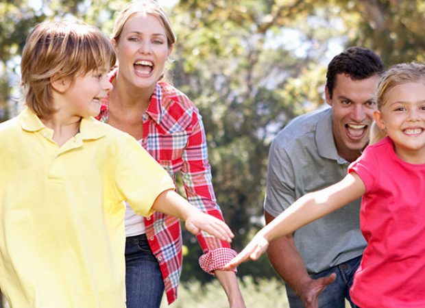 Outdoor Family Games and Ways to Play with Your Kids