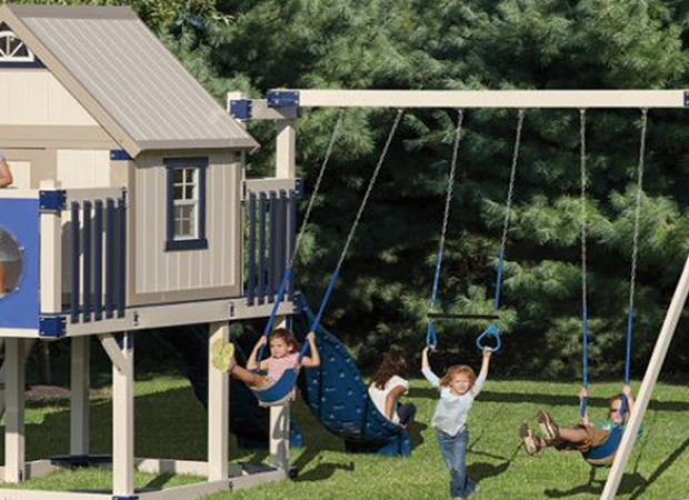 Find the Best Playset for a Small Yard