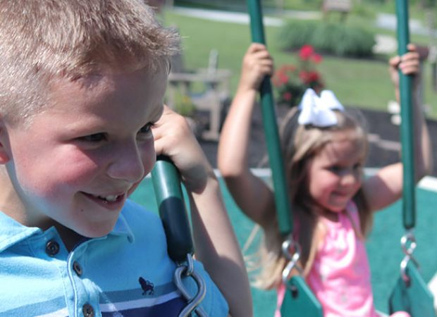 Traits of the Best Swing Set Brands