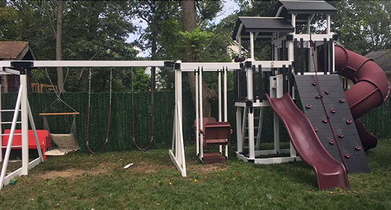 swing set with unique colors