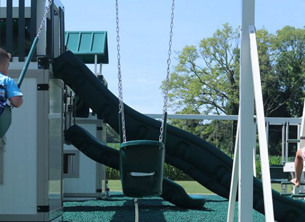 How Much Weight Can a Swing Set Hold?
