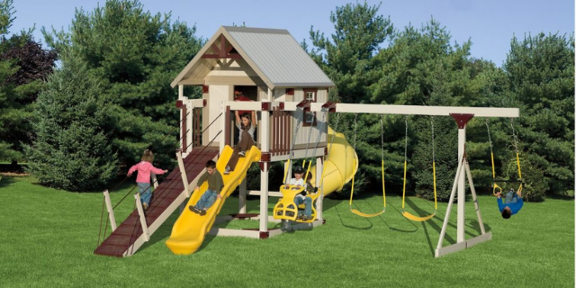 happy hideout swing set with slides
